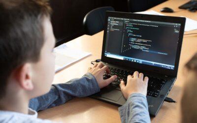 Berufsorientierung: Programmierkurs der Hacker School in Klasse 9